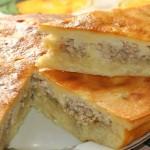 Пирог заливной с курицей и картошкой