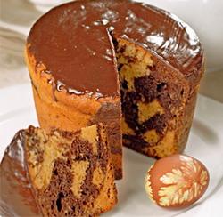 Шоколадный мраморный кулич к Пасхе